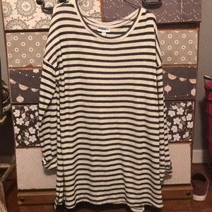 Tops - Striped shirt!
